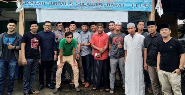 Foto Ikatan Jurnalis Sulawesi Barat (IJS) Gelar Buka Puasa Bersama
