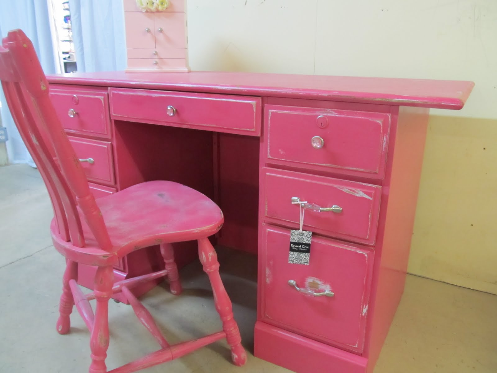 Revival Chic Boutique Fun And Funky Pink Student Desk W