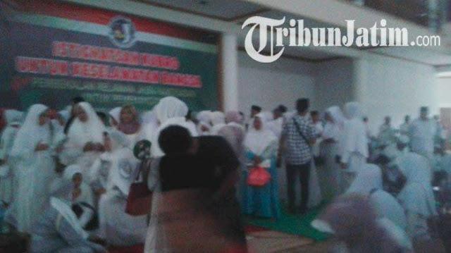 Acara Istighosah Kubro Pemenangan Jokowi-Ma'ruf Diterjang Puting Beliung
