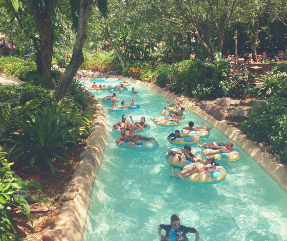 Top 7 Things You Should Do AT Typhoon Lagoon, Walt Disney World | Relax in the rings in Castaway Creek.