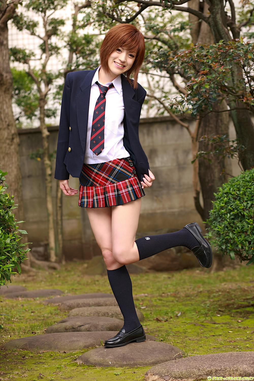 Innocent Japanese Schoolgirl Gangbang - Japanese Bukkake Orgy