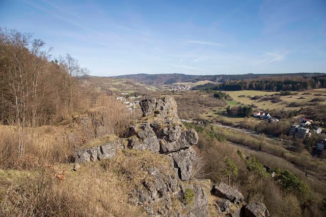 Vulkaneifel-Pfad  Gerolsteiner Felsenpfad  Eifelsteig 01