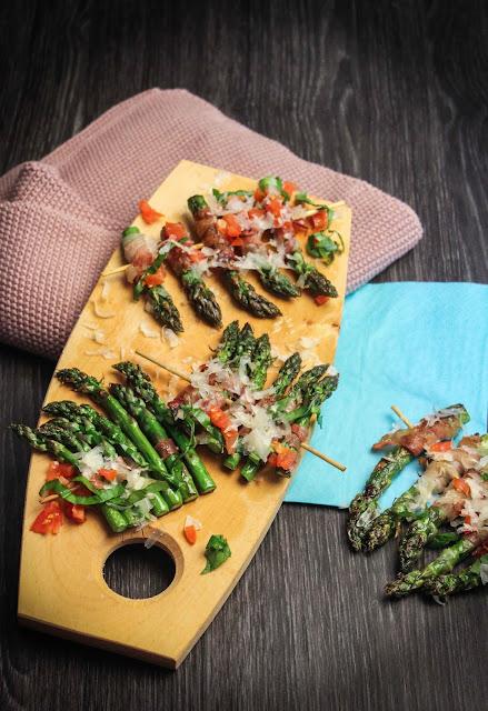 Fingerfood Spargel mit Parmesan