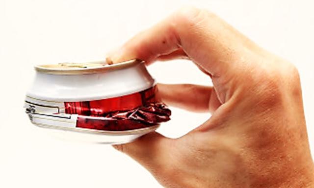 Aplastar las latas dificulta el reciclado.