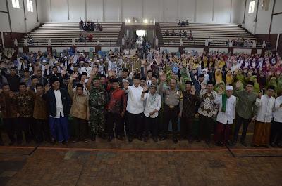 Wakil Gubernur dan Bupati Buka Festival Sholawat Nusantara