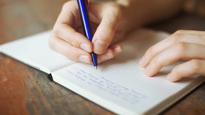 Ternyata Dibalik Tulisan Jelek Itu Menandakan Bahwa Kamu Cerdas