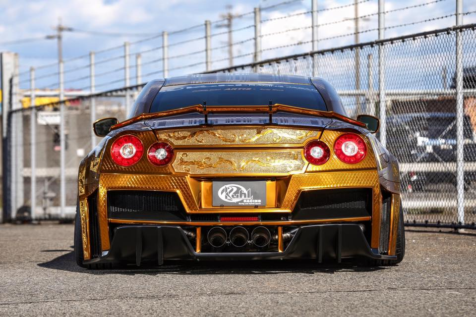 Kuhl Racing's Crazy Gold Chrome Nissan GT-R Poses In First ...