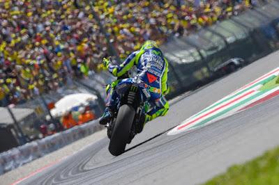 Meledaknya Mesin M1 Rossi Bukan Salah Tim Lorenzo