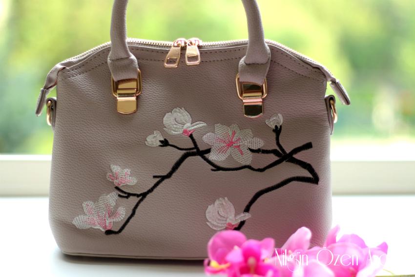 kimono blouses, fashion-shopping-block-to-block fashion-bags-fashion blogger
