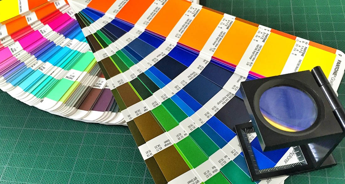 Diseños y trabajos en papel