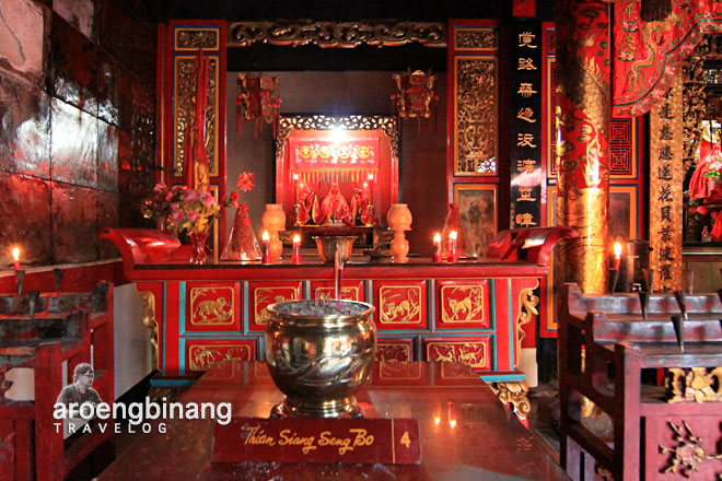 kelenteng tertua di indonesia