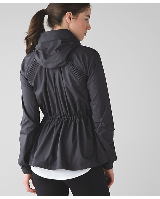 lululemon making-moves-jacket
