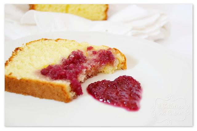 plumcake yogurt pesca e maracuja e marmellata di rose