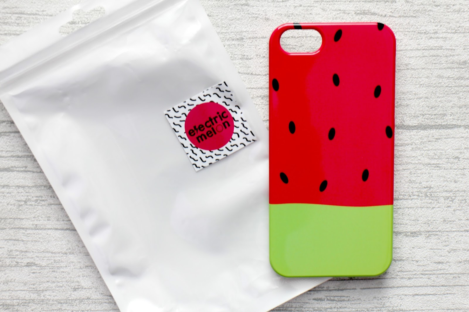 Fun Kitsch Cute Phone Case Giveaway