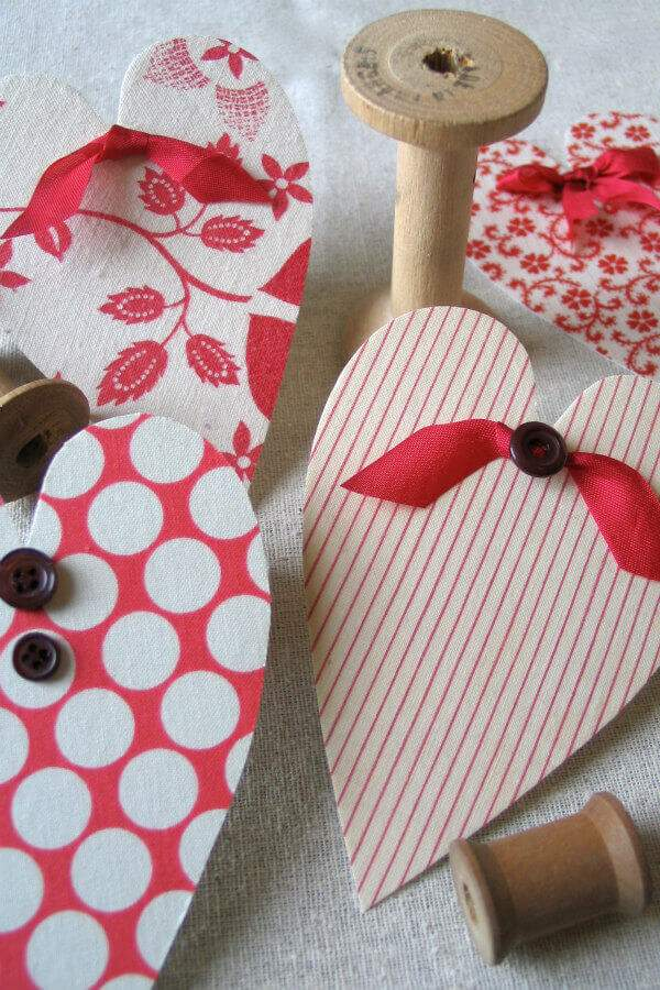 fabric-covered heart cards with bows and buttons