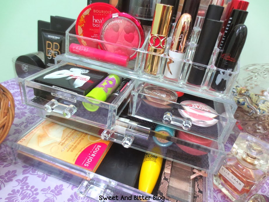 Acrylic Makeup Display Drawer Lipstick Stand India