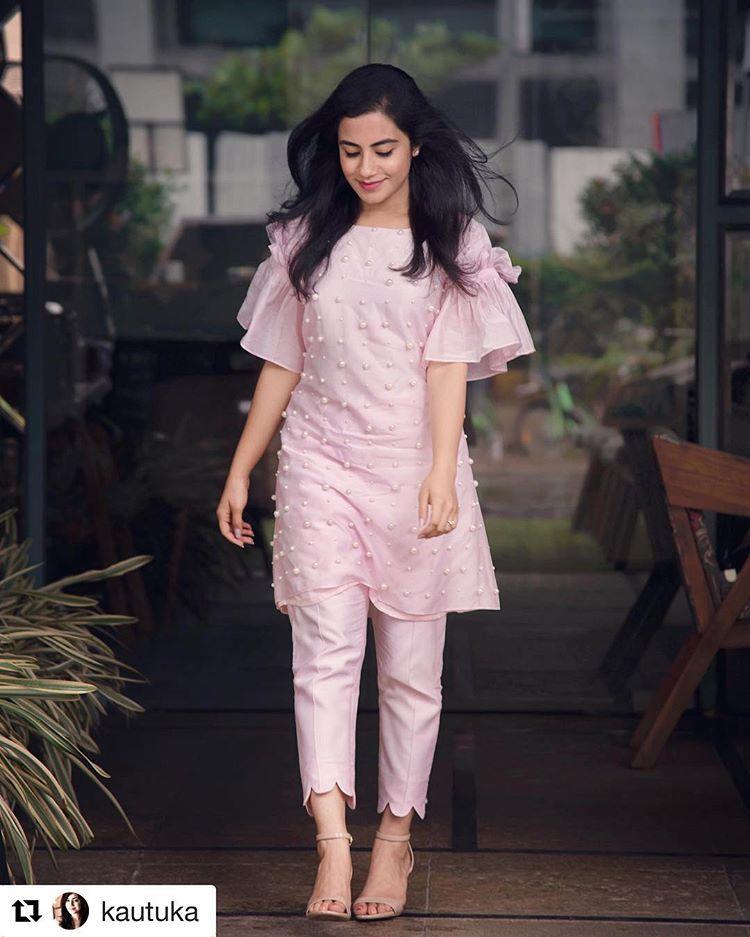230 Latest Kurti Neck Designs For Salwar Suit 2019 Images