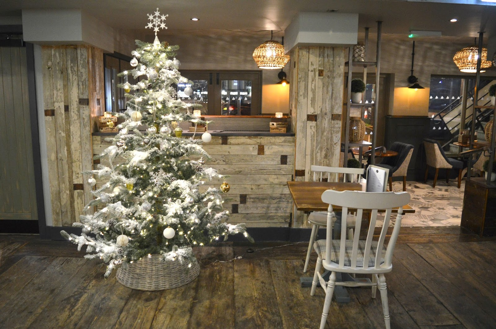 Christmas at the Jolly Fisherman on the Quayside - Christmas Tree