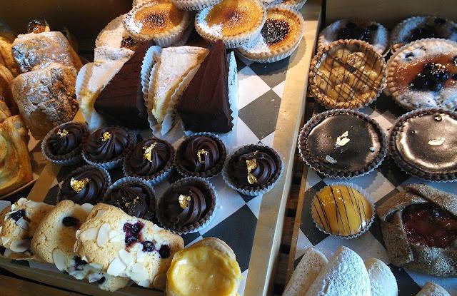 Baker D Chirico, Carlton, cakes