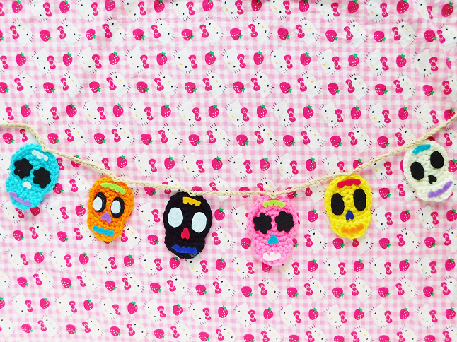 Candy Skull Garland Crochet Pattern