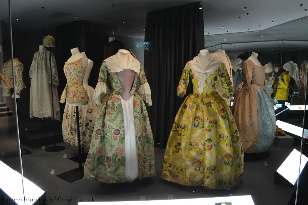 1740s Open and Closed Robes