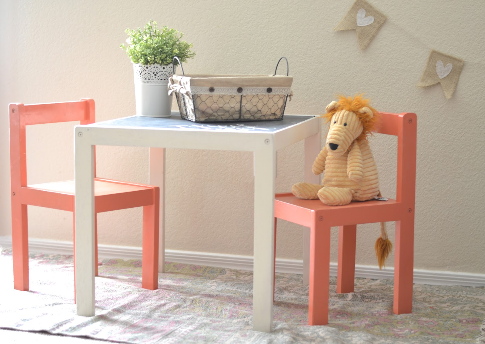 Toddler Table And Chairs Ikea Gray Tufted Dining Hack Children 39s Paddington Way