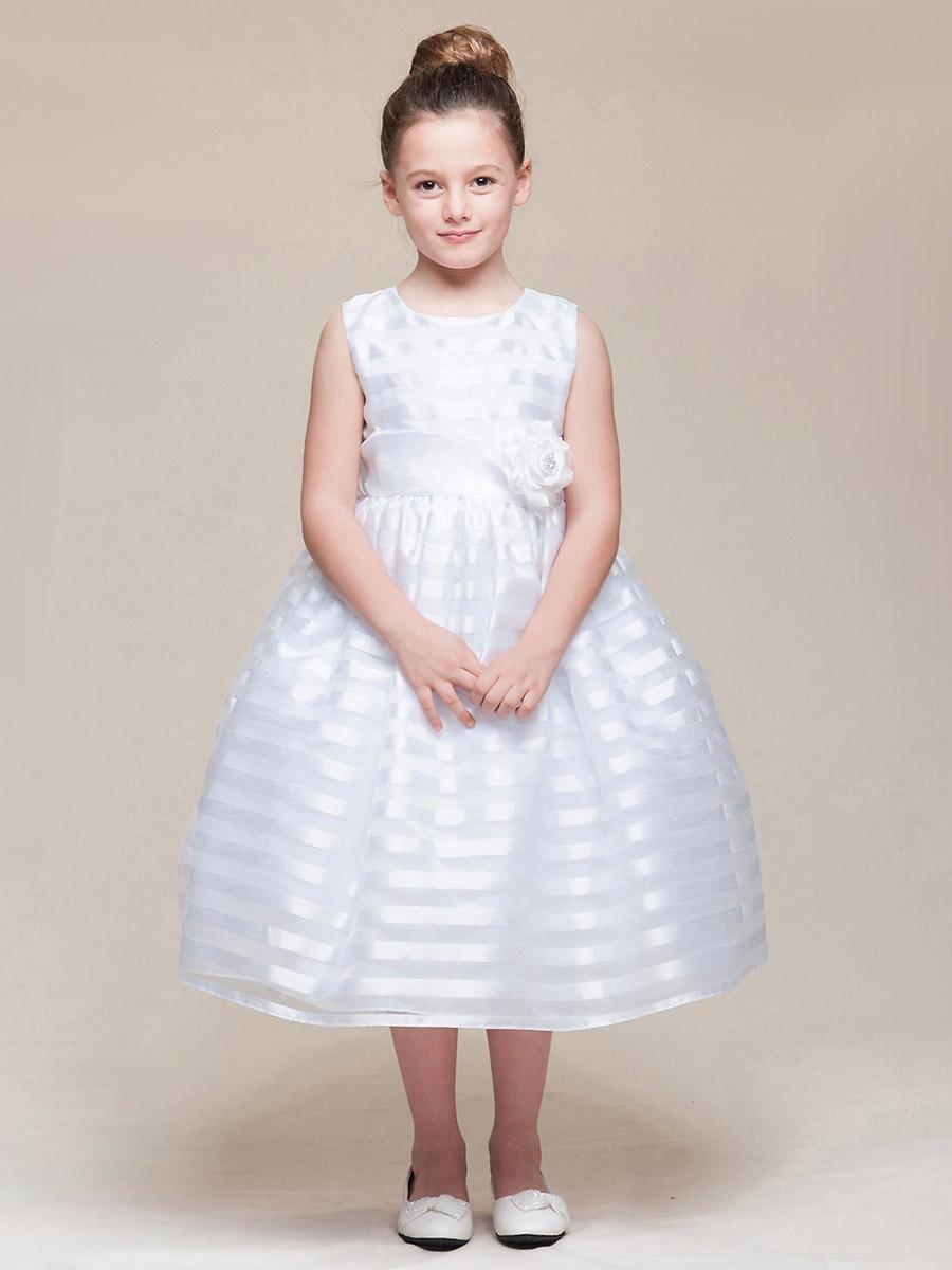 vestidos de primera comunion a la moda