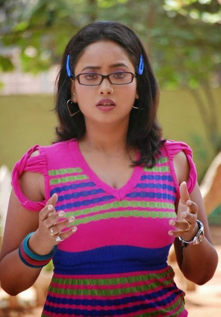 Bhojpuri-College-Girl