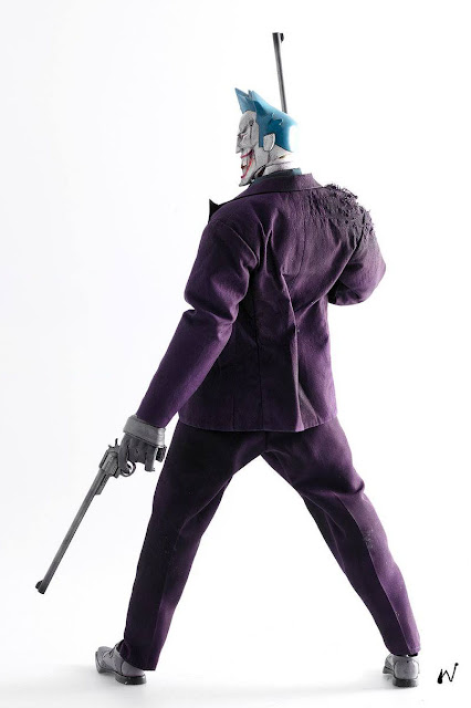 osw.zone 3A 1 / 6. Scale STEEL AGE OF THE JOKER collectors, designed by Ashley Wood