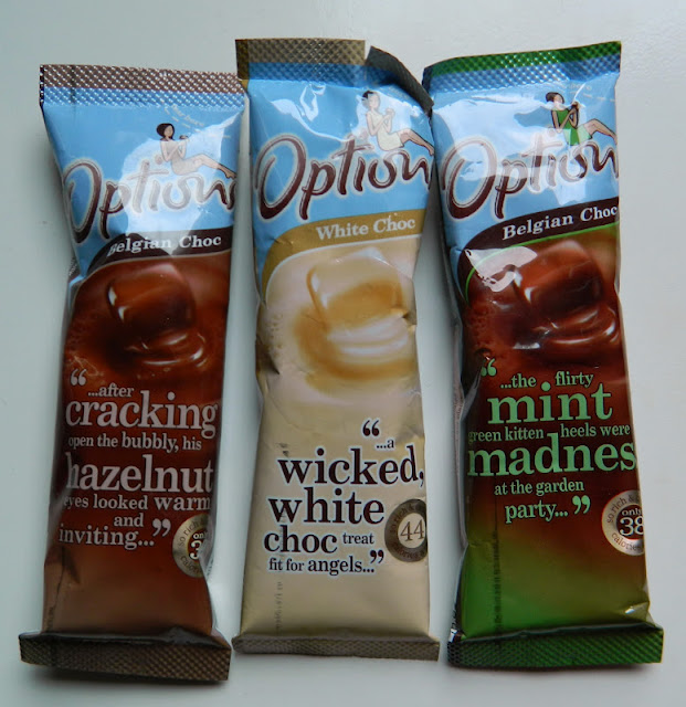 Options hot chocolate sachets in hazelnut, white and mint