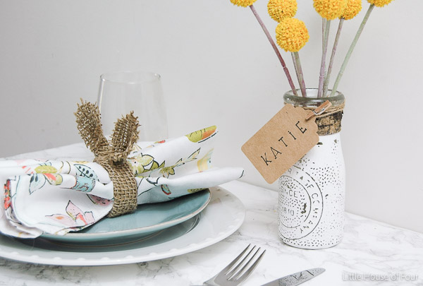 {Spring Table Setting} Turn Dollar Store jars into the perfect place cards! - LITTLE HOUSE OF FOUR