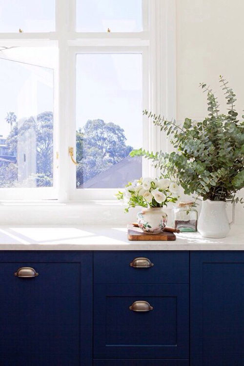 Navy White Kitchen Decorating Ideas