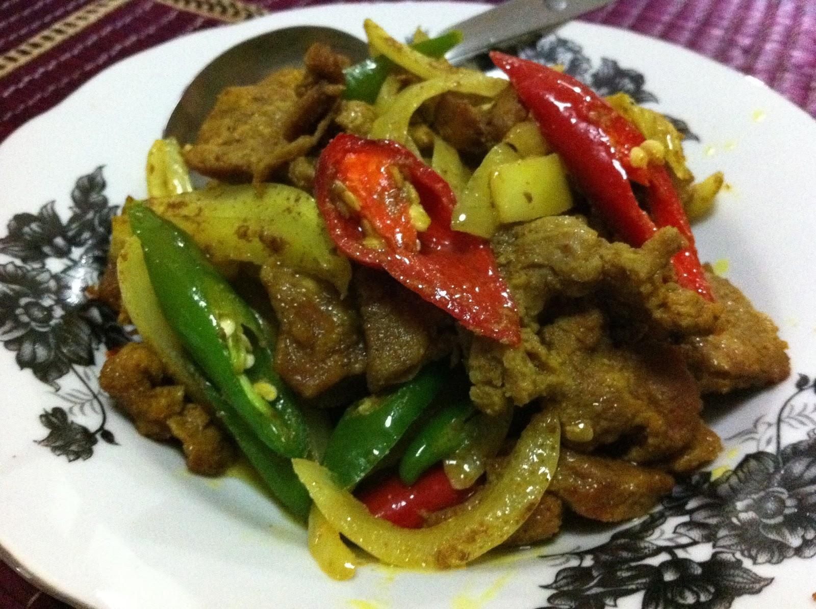 Cik Wan Kitchen: Daging Goreng Kunyit