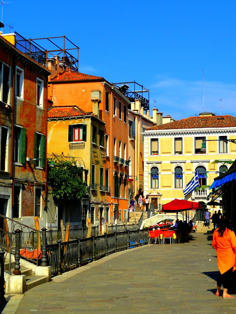 venice-backstreets