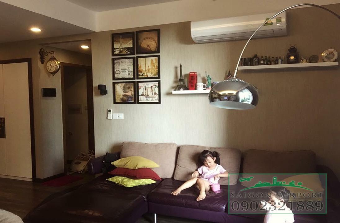 căn hộ Saigon Airport Plaza quận Bình Tân cho thuê giá rẻ - phòng khách