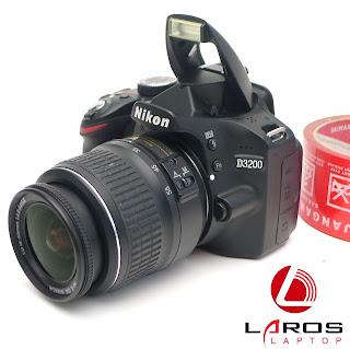 Kamera Nikon D3200 Second di Malang