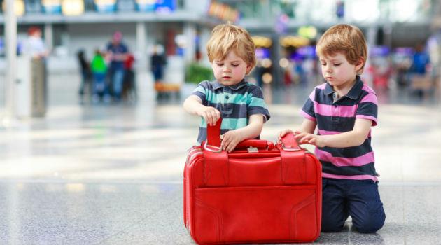 Confira dicas para viajar com crianças e sem imprevistos