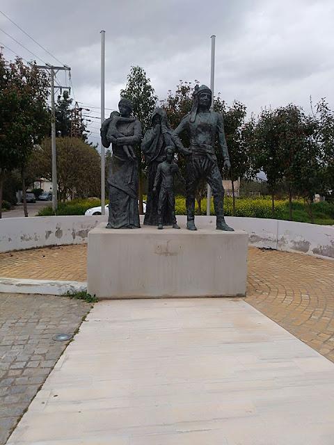 Άγνωστοι βανδάλισαν το μνημείο Γενοκτονίας των Ποντίων στην Ελευσίνα