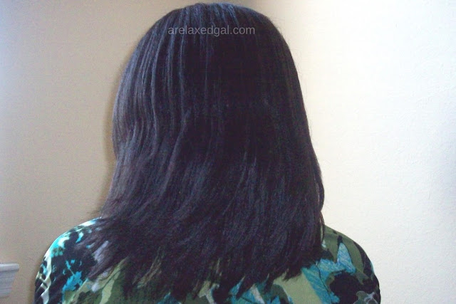 A Relaxed Gal wash day experience at 4 weeks post 2/28/15 relaxer touch up. | @arelaxedgal