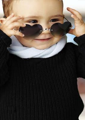 yakışıklı-bebek-çocuk-ile-gözlük