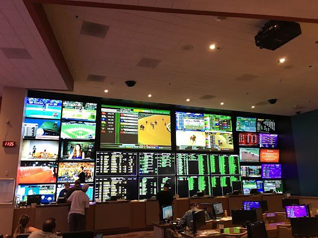 Laughlin Buzz Aquarius Casino Resort The Big Winner In