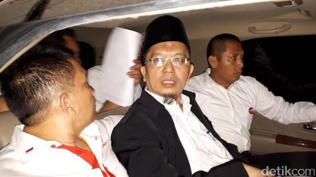 Masyarakat MinangKabau,Protes & Menggugat PDIP.!