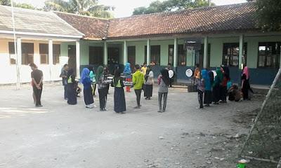 Drumband Darul Hikmah Onyam