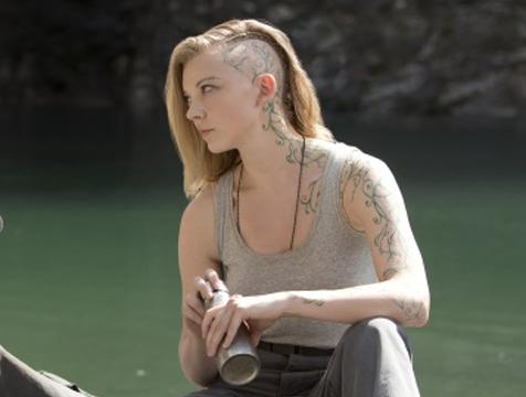 Cressida (Natalie Dormer) en Los juegos del hambre. Sinsajo parte 1 - Cine de Escritor