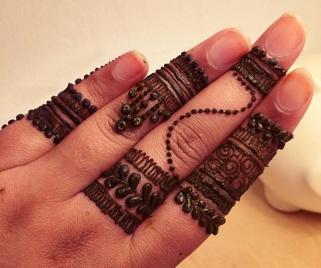 Mehndi Designs For Fingers S : Latest finger mehndi design ideas for eid bling sparkle