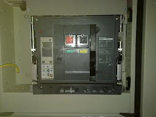 Alat dan bahan untuk membuat rangkaian kontrol Pengaman