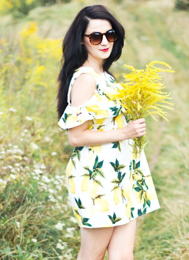 http://www.kadikbabik.pl/2016/08/sukienka-z-cytrynowym-akcentem.html