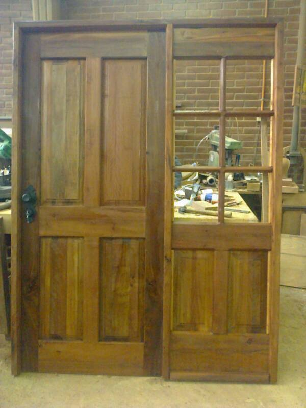 puerta en madera de demolici n