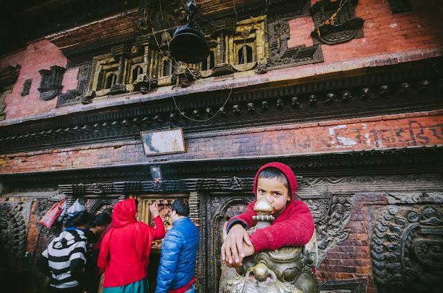child_in_Bakhtapur_Nepal