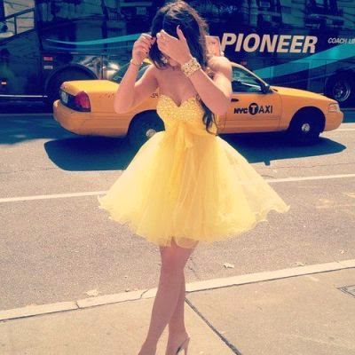 https://www.fashionfreax.net/outfit/251889/yellow-dress